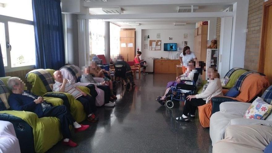 La residencia de La Aldea de San Nicolás acoge a los ancianos evacuados de la residencia de Artenara