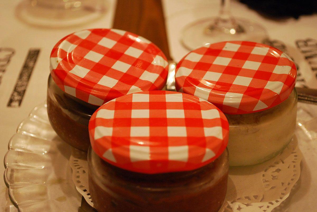 3 postres_2 mousses y 1 crumble de manzana