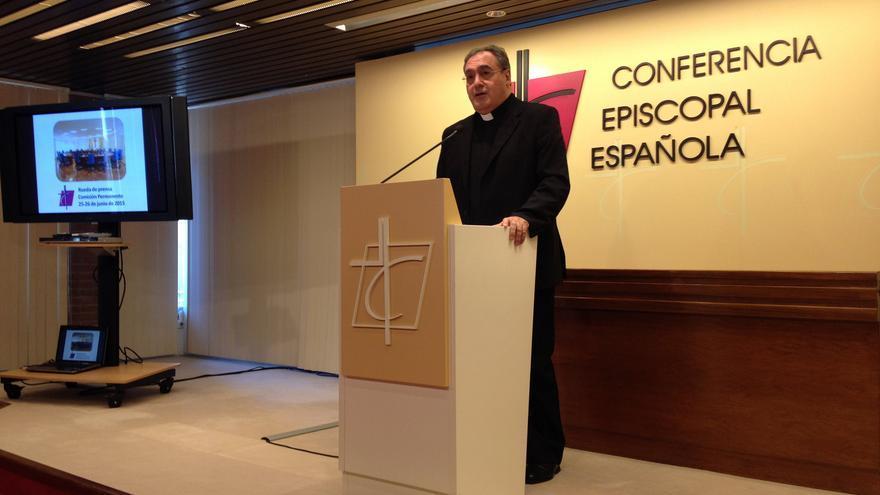 El portavoz episcopal, José María Gil Tamayo.