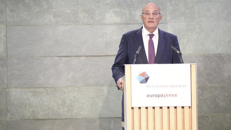 Oliu (Sabadell) avisa que los empleos de la clase media serán los más amenazados por la revolución digital