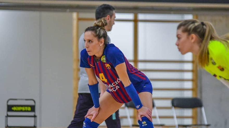 Raquel vistiendo la camiseta del Barça, su club de procedencia