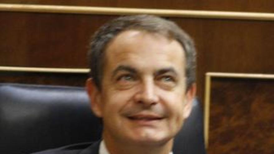 """Zapatero admite haber leído """"con mucho interés"""" el editorial"""