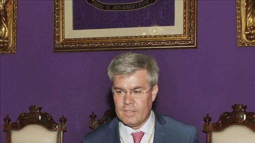 El alcalde de Jaén deja su cargo para ser candidato del PP el 20D