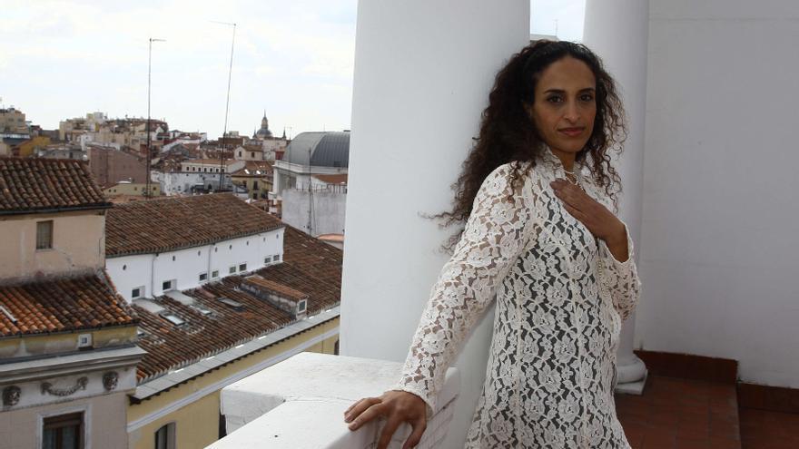 Noa repasa sus temas más conocidos en el Teatro Arriaga de Bilbao