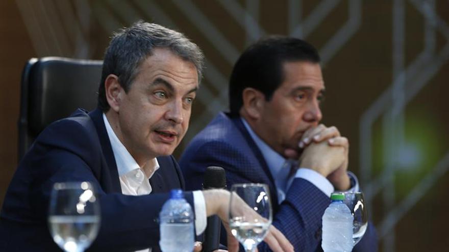 Rodríguez Zapatero elogia la democracia dominicana y espera una jornada electoral pacífica