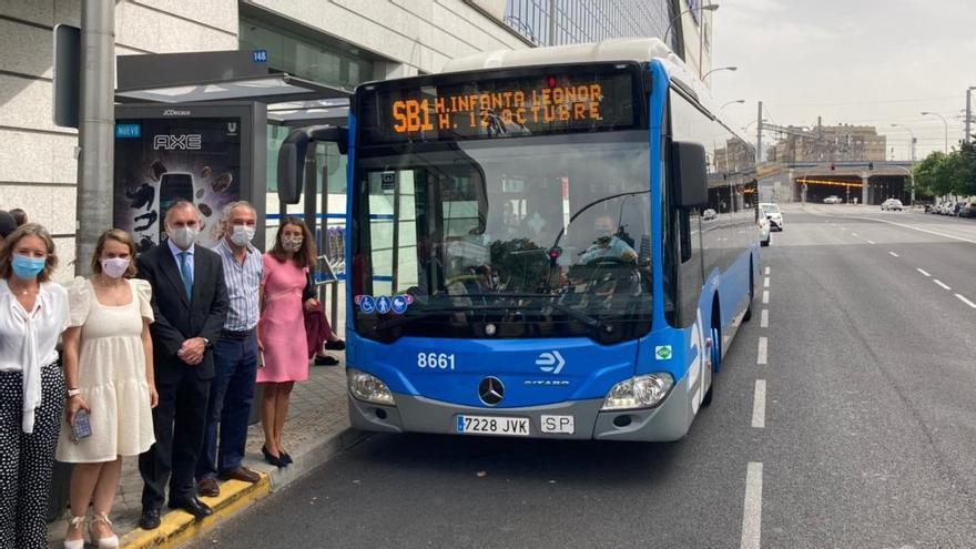 Uno de los autobuses públicos que dará servicio en la línea bajo demanda SB1 del proyecto 'EMT Smart Bus Madrid'