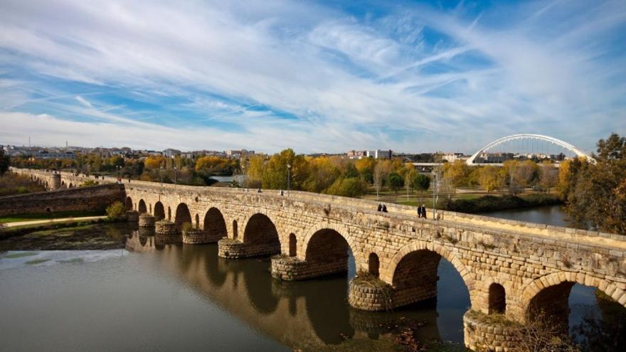 Vistas del Guadiana y del Puente Romano de Mérida