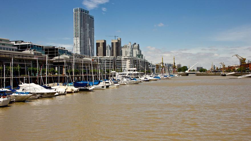 Dársenas de Puerto Madero, la nueva zona de expansión urbana de Buenos Aires.