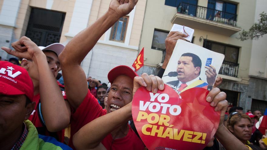 Seguidores de Chávez en las inmediaciones de la Asamblea Nacional