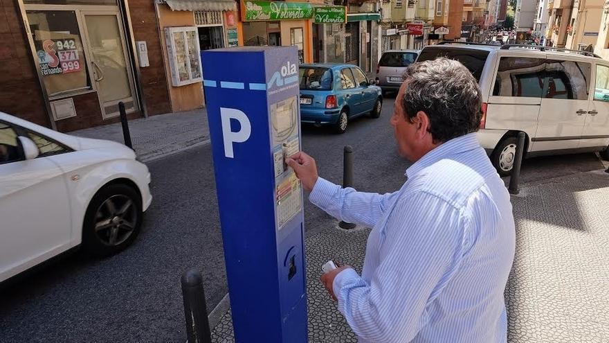 El plazo para renovar las tarjetas de residente de la ola for Oficina ola santander