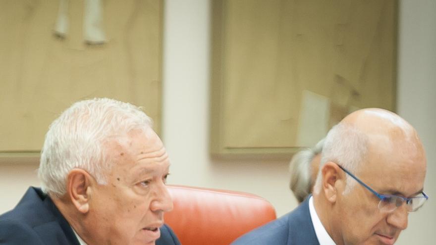 La oposición se queja de la caótica tramitación de la 'Ley Margallo', con enmiendas de última hora que no todos reciben