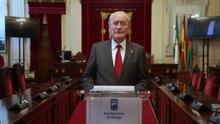Pasa a planta el alcalde de Málaga tras ser operado con éxito de un hematoma craneal