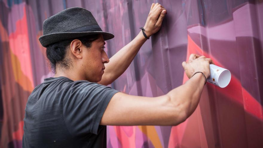 Los artistas tomarán las calles de los barrios zaragozanos. Foto: Juan Manzanara