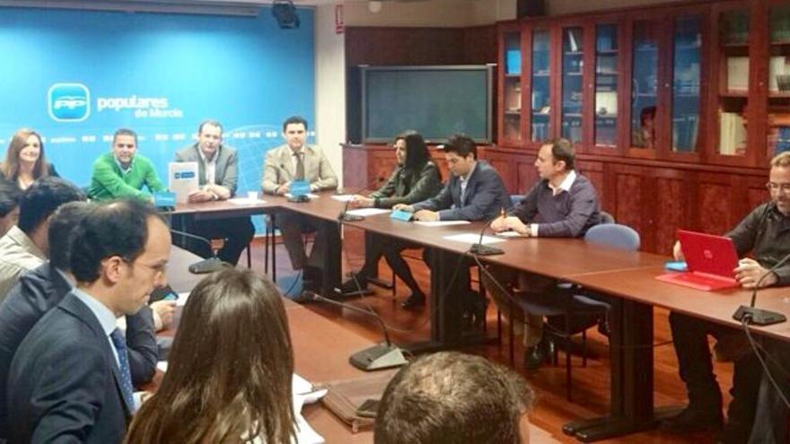 Reunión de la Comisión de Medio Ambiente del PP de Murcia