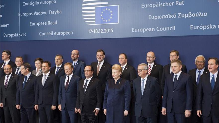 Los líderes entran a negociar con Cameron y plantan cara a sus ambiciones