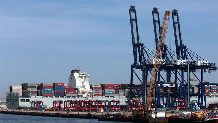 Los buques de Hanjin, bloqueados sin acceso a puertos por falta de liquidez