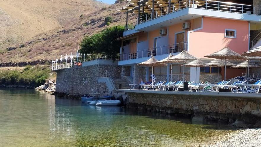 Albania se avergüenza por la agresión de un hostelero a unos turistas españoles