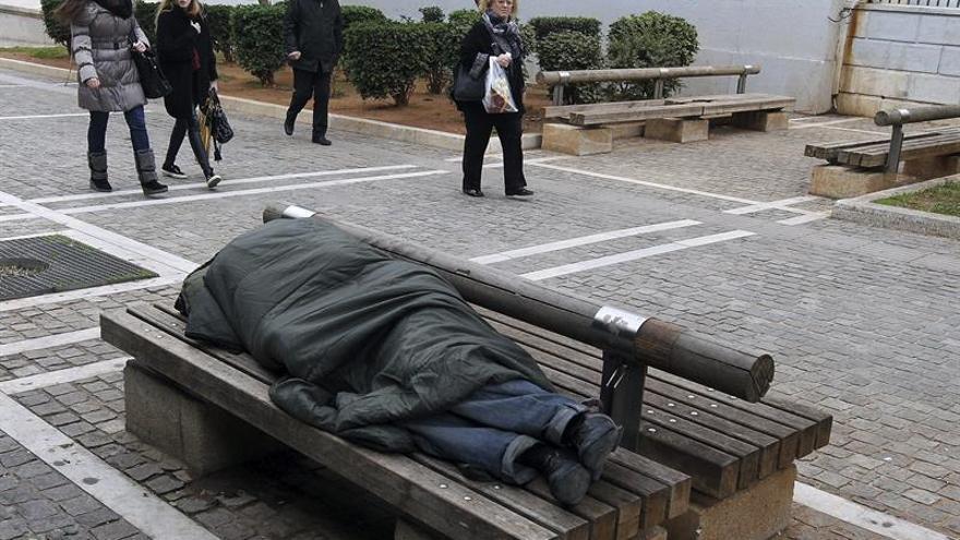 Denuncian un aumento de personas que duermen en la calle en toda Europa
