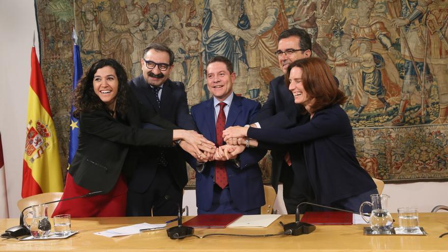 Firma del acuerdo con la Fundación Amancio Ortega
