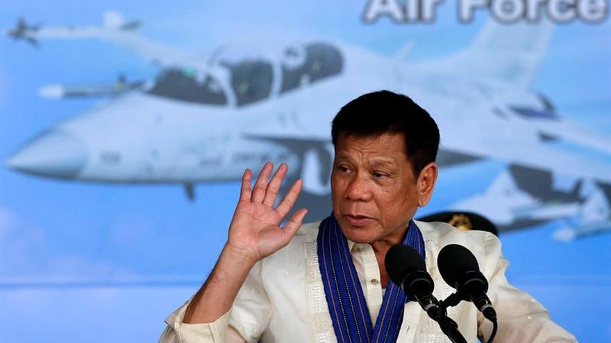 """Duterte afirma que un conflicto armado con China """"no es una opción"""""""