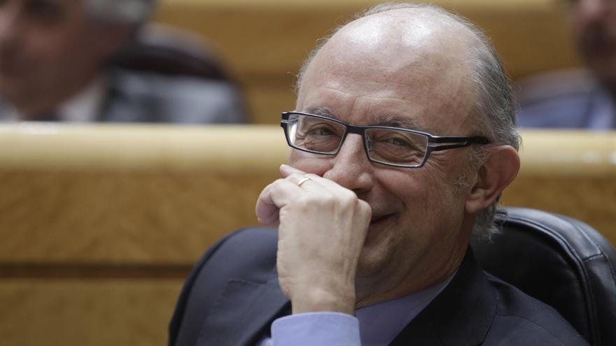 """Montoro asegura que """"lo que realmente necesita Canarias"""" es el nuevo REF, que entrará en vigor el 1 de enero de 2015"""