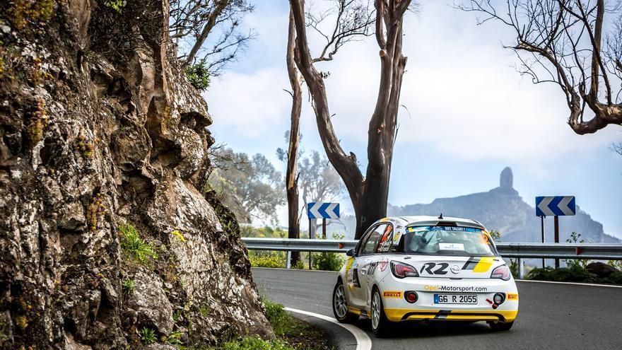 Martin Seks y Renars Francis, en una edición del Rally Islas Canarias