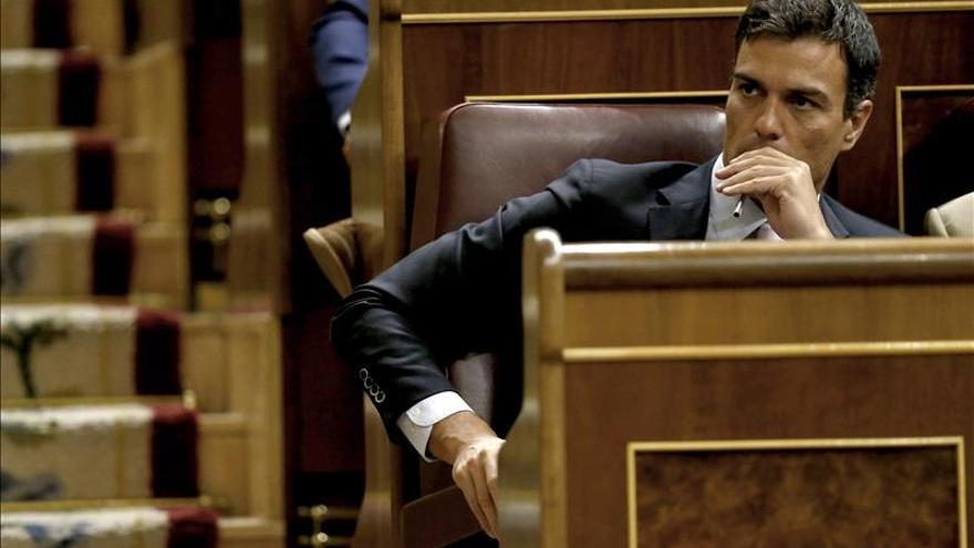"""Sánchez dice que """"otros"""", y no el PP, iniciarán la reforma constitucional"""