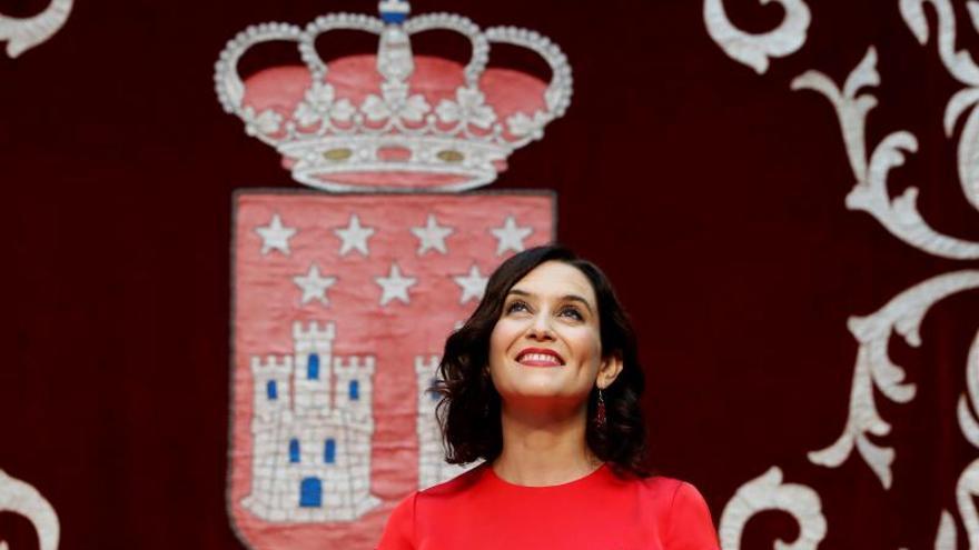 Isabel Díaz Ayuso se preocupa por los siniestros que pueda haber en las iglesias.