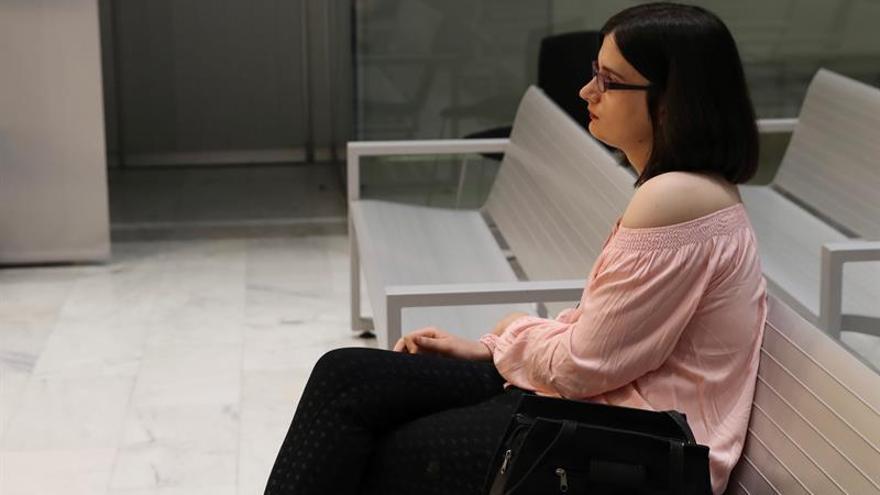 Ganar Móstoles financiará la beca a la joven condenada por mensajes sobre Carrero Blanco