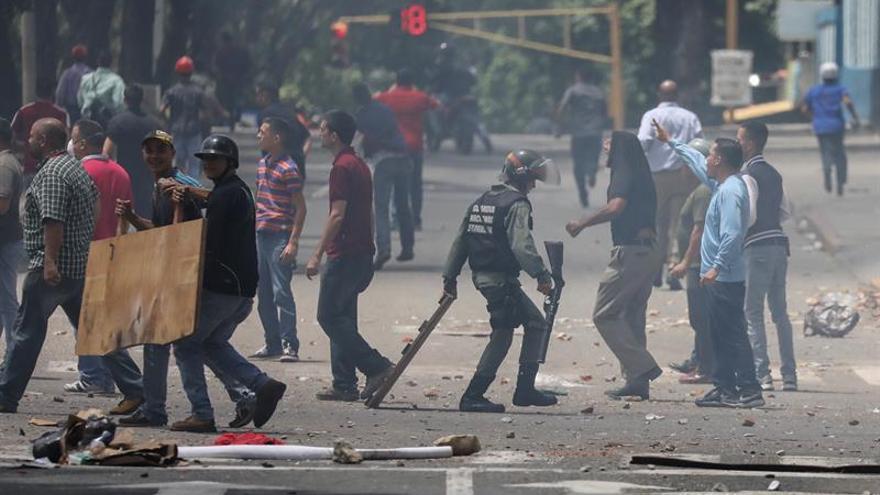 """El laborismo británico pide """"acciones"""" para defender la democracia en Venezuela"""