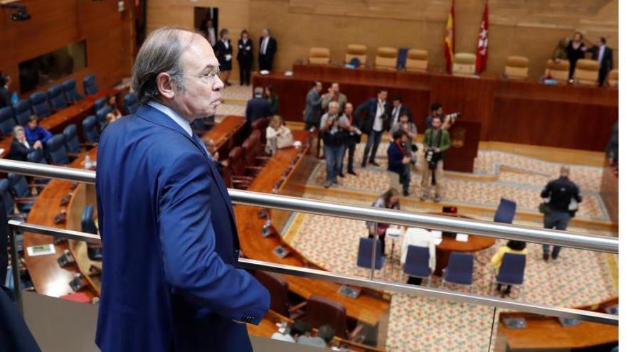 Maíllo y Pío García Escudero acuden al debate de investidura de Garrido