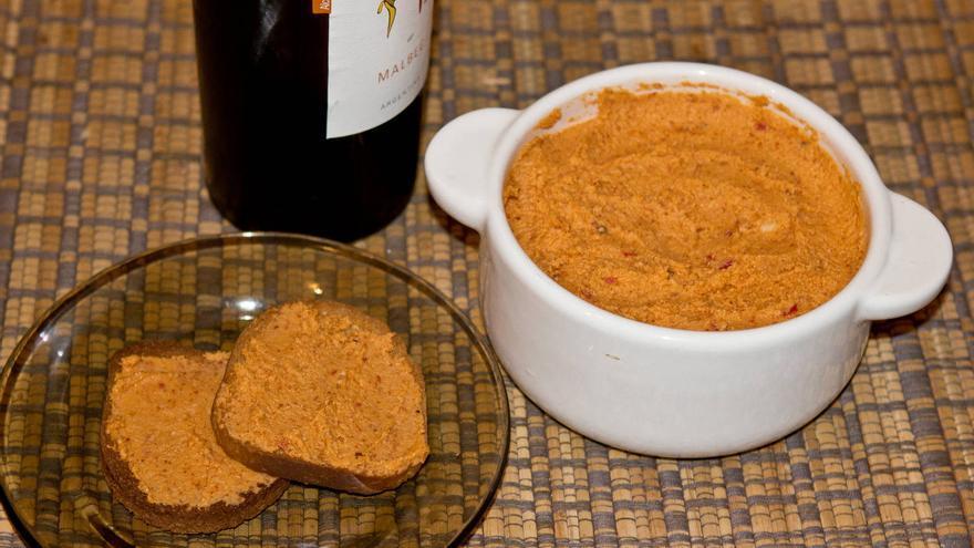 Almogrote gomero, uno de los entrantes más originales de la gastronomía de las Islas Canarias. VIAJAR AHORA