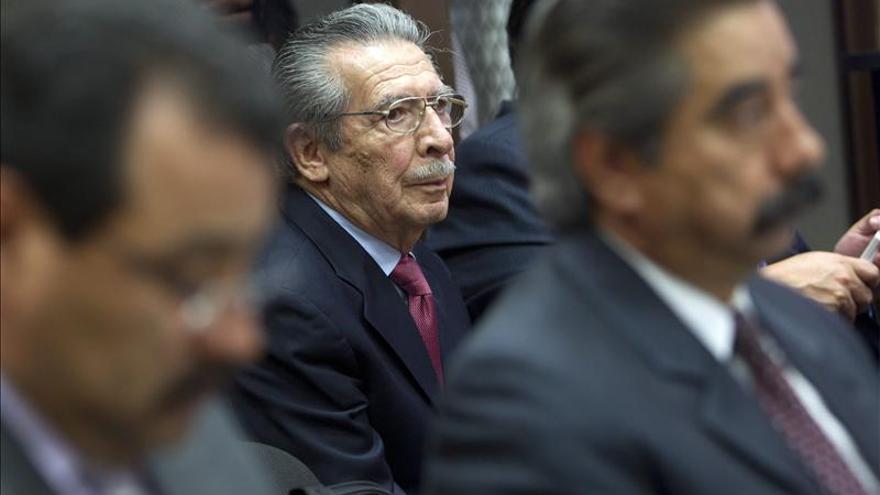 """La Fiscalía acusa a Ríos Montt de intentar """"aniquilar"""" a indígenas guatemaltecos"""
