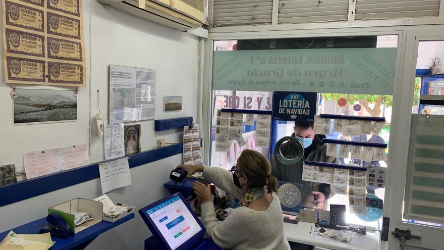 La administración de lotería más antigua de España: 256 años en Carmona