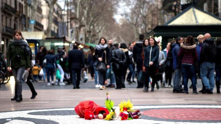El Rey, Sánchez y Torra, estarán hoy juntos en el acto de homenaje a las víctimas del 17A