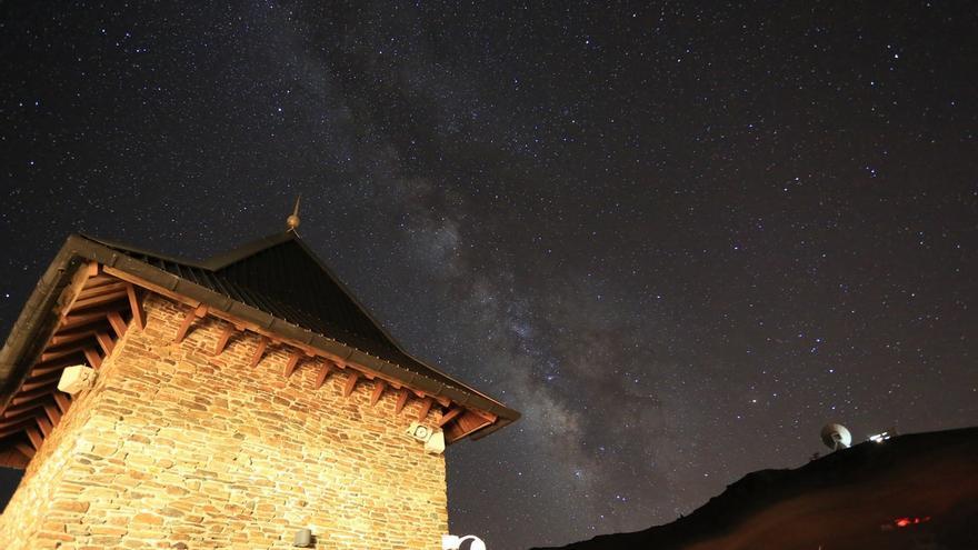 Sierra Nevada crea un programa especial de divulgación y ocio en torno al cielo y las estrellas