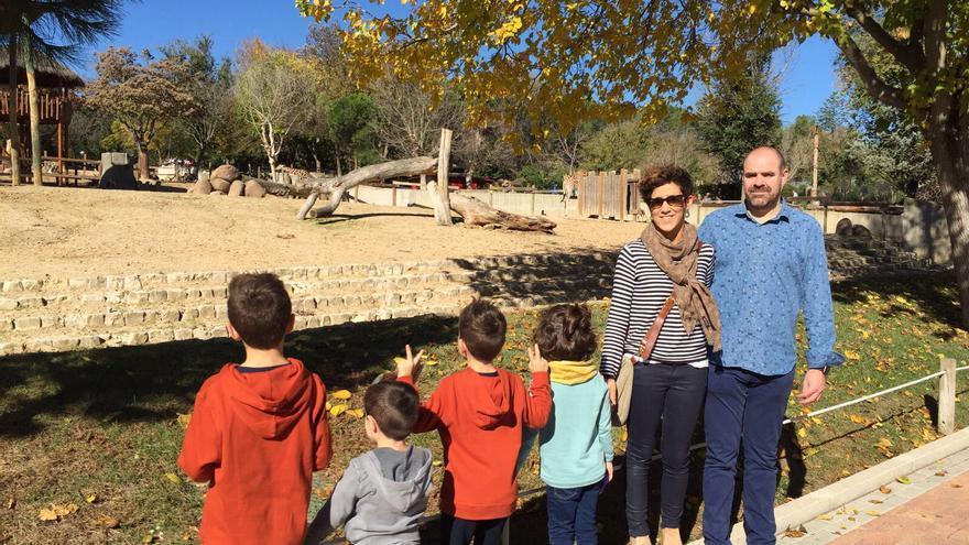 Abi, Agustín y sus cuatro hijos