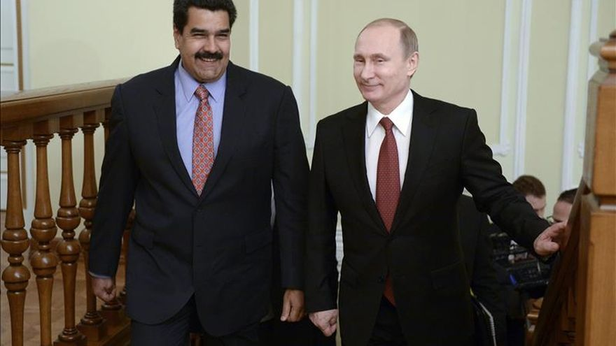 Maduro y Putin abordan en Pekín cómo estabilizar los precios del petróleo