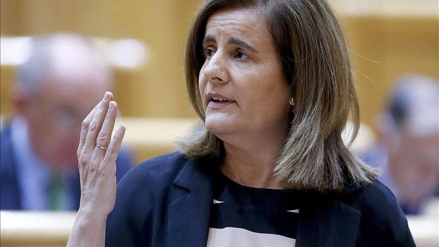 Fátima Báñez asegura que España es el país de la UE que más redujo el paro hasta agosto