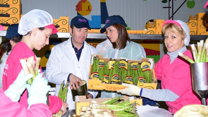 La Junta destina 211.000 euros a proyectos de modernización en la cooperativa Agroláchar