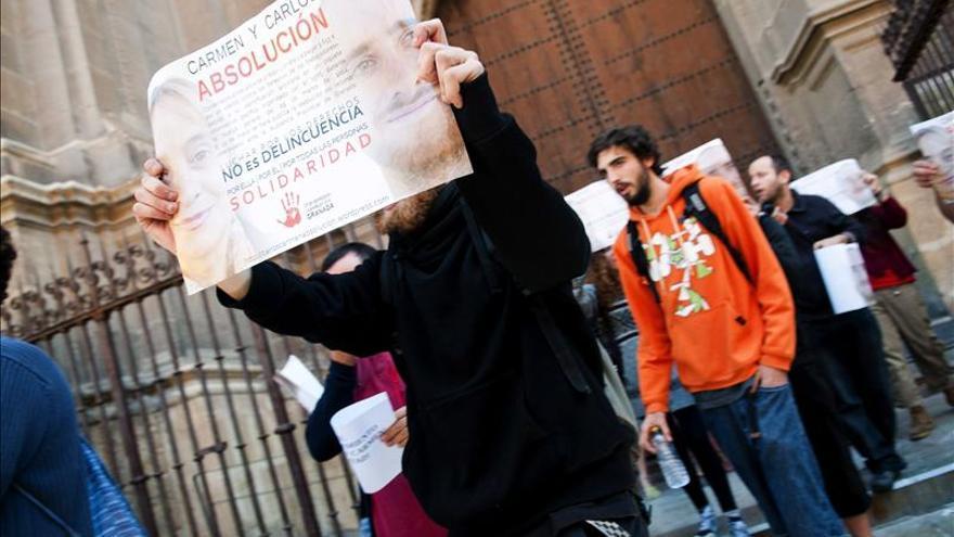 Abandonan Catedral de Granada tras encierro para pedir libertad de 2 piquetes