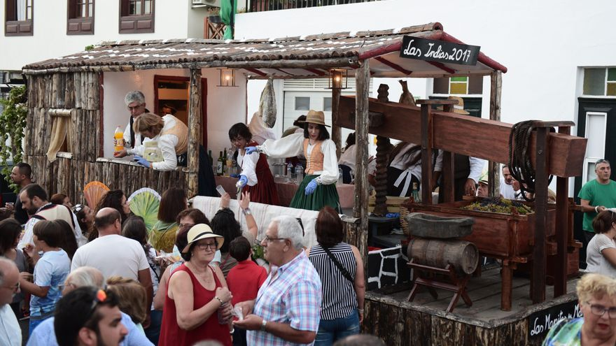 Carroza de Las Indias durante el día típico de la Fiesta de La Vendimia 2017. Foto: Saúl Santos.