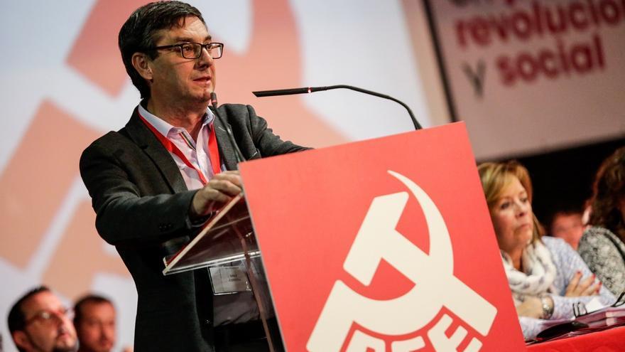 """El PCE acuerda trabajar para que IU """"deje de ser un partido político"""" y para consolidar un """"espacio de confluencia"""""""