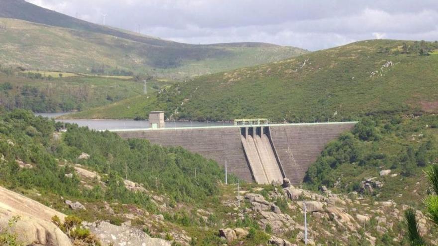 Vista de una de las explotaciones hidroeléctricas de Villar Mir en Galicia