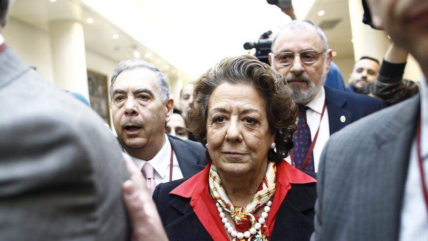 Barberá solicita al Senado su baja en el Grupo Popular y que la pasen al Grupo Mixto