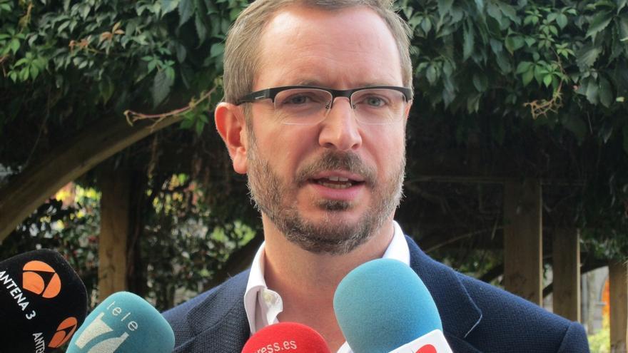 """Maroto defiende que Cifuentes encarna la """"nueva política"""" del PP frente a la política de """"ocurrencias"""" de C's"""