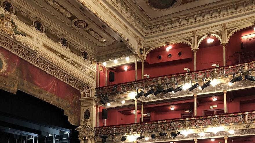 Visita al Teatro Arriaga en el marco del festival Open House Bilbao.