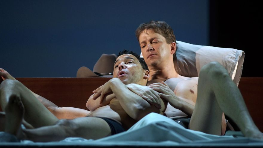 Daniel Okulitch (Ennis del Mar) y Tom Randle (Jack Twist) en un momento de la ópera 'Brokeback Mountain' / Javier del Real