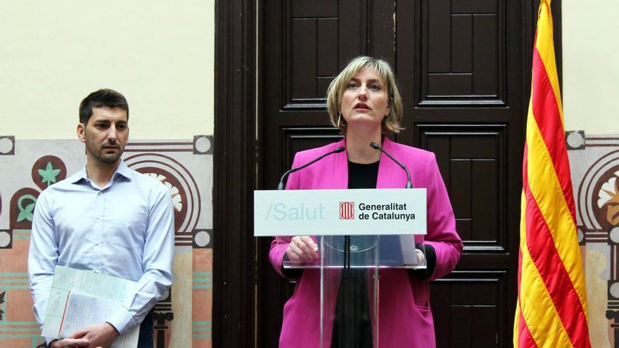 Oriol Mitjà, al lado de la consellera de Salud, Alba Vergés, el día que se anunció el nuevo ensayo clínico