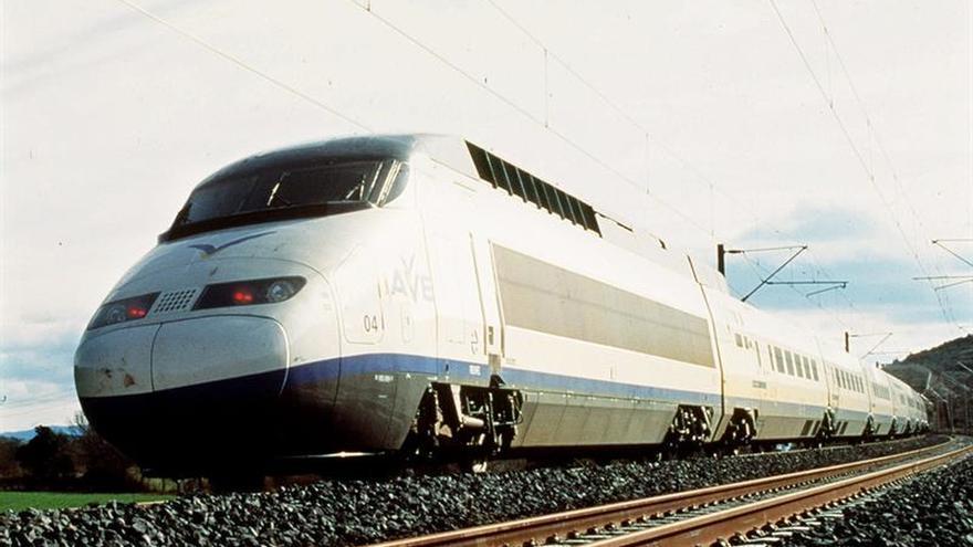 Renfe inicia conexión Wifi a bordo de los trenes AVE Madrid-Sevilla